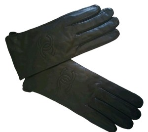 Chanel Chanel leather gloves