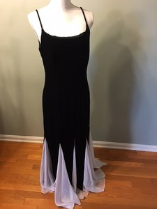 Night Way Collections Black/white Mother Of Bride Dress