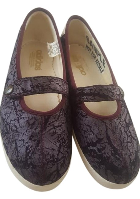 Item - Maroon Lady Casual Mary Jane Sneakers Size US 7 Regular (M, B)