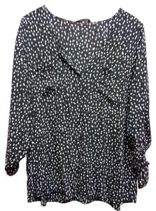 Old Navy Button Down Dotted Button Down Shirt Black