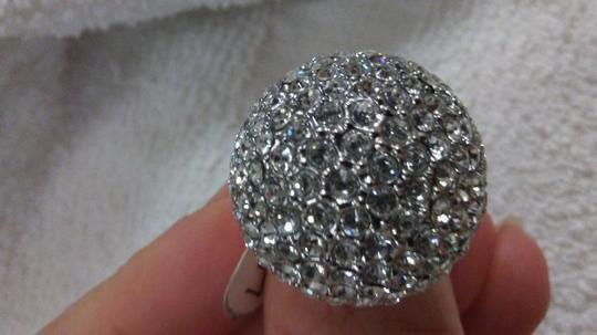 Other Size 9 silver metal sparkling ring Image 1