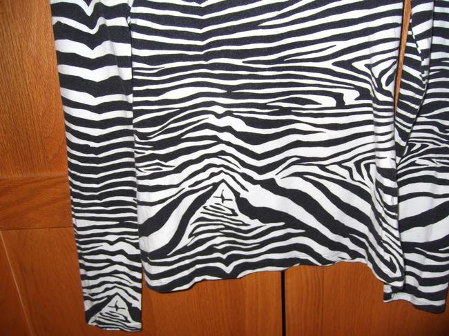 Express Top Black and White, Zebra Print Image 1