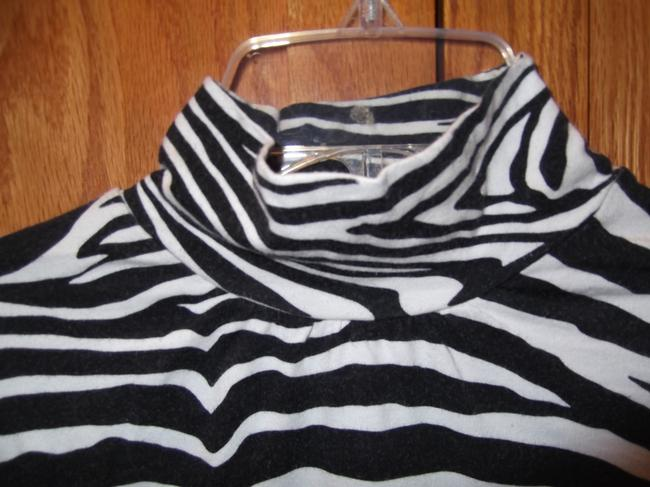 Express Top Black and White, Zebra Print Image 2