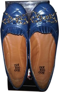 Not too Coy Navy Flats