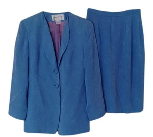 Jones New York Jones New York Skirt Suits