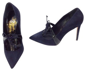 Alejandro Ingelmo Navy/Black Pumps