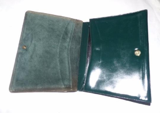 Gucci Equestrian Accents Extra Large Size Excellent Vintage Avant Garde Rare Early Satchel in green patent leather Image 6