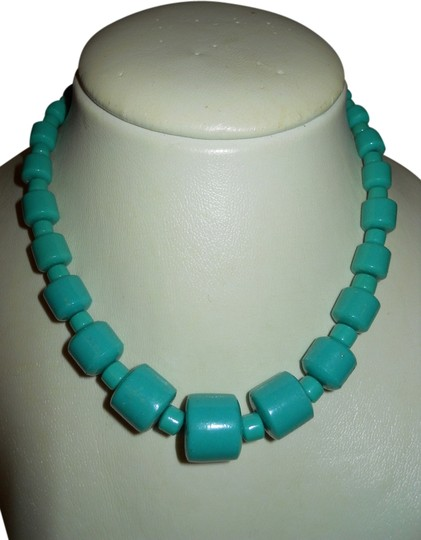 Preload https://img-static.tradesy.com/item/1950641/turquoise-vintage-ceramic-bead-choker-necklace-0-0-540-540.jpg