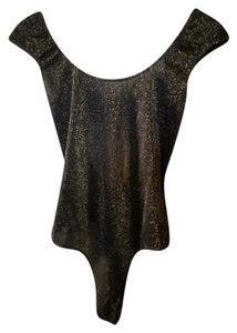 bebe Top Black and gold