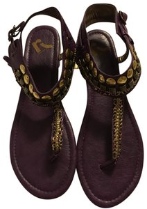 REPORT Purple Sandals
