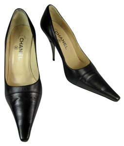 Chanel Gray Leather Bronze Cc Heels Pumps