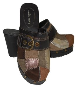 UNIONBAY Suede Faux Leather Patchwork Multicolored Brown Gold Silver Mules
