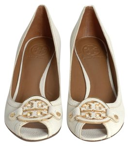 Tory Burch White/ ivory Wedges
