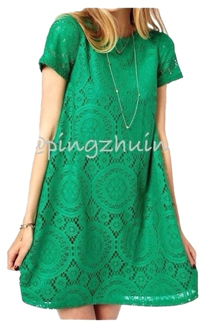 Preload https://img-static.tradesy.com/item/1950715/emerald-green-european-style-lace-tunic-night-out-dress-size-6-s-0-0-650-650.jpg