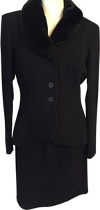 DKNY Stunning DKNY Black Suit w/ Fur Collar Removable