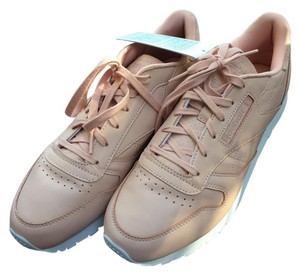 Reebok Cloud Pink and White Athletic
