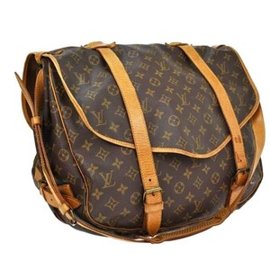 Louis Vuitton Saumur 43 Saumur Gm Cross Body Bag