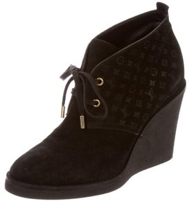 Louis Vuitton Ankle Lv Monogram Textured Black, Gold Wedges