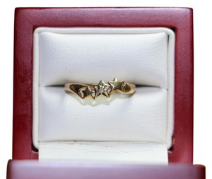 Other 10K Yellow Gold Diamond w/ 3 Star Shape Ring, .8 grams, Size 4.75