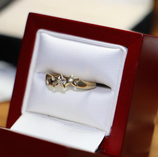 Other 10K Yellow Gold Diamond w/ 3 Star Shape Ring, .8 grams, Size 4.75 Image 3