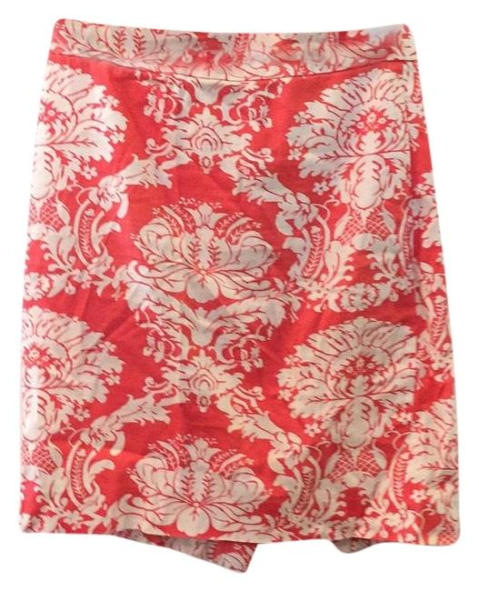 Preload https://img-static.tradesy.com/item/19510767/jcrew-patterned-the-pencil-knee-length-skirt-size-0-xs-25-0-1-650-650.jpg