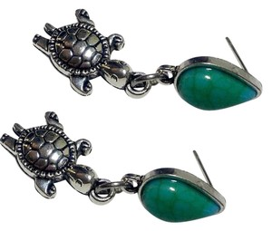 Other New Turquoise Silver Turtle Earrings J2901