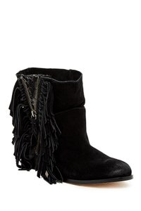Twelfth St. by Cynthia Vincent Fringe Black Boots