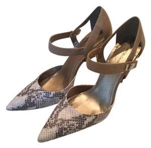 BCBGeneration Two-tone Snakeskin Gold Clasp Detail Tan Pumps