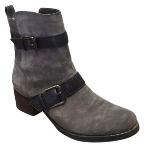 Sole Society Suede Fall Fashion Gray Boots