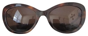 Chanel Chanel 5340-H c.1425/S7 Cat Eye Sunglasses With Pearl Accents