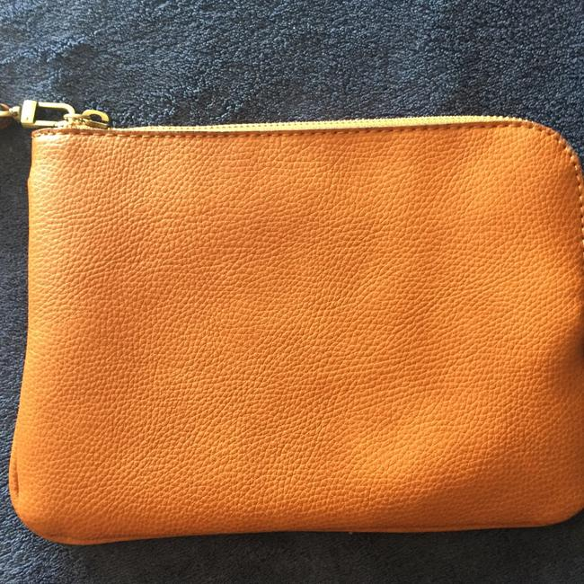 Item - Brown Pebbled Leather Clutch