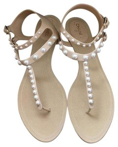 Chanel Peal Pearl Thong Flat Size 37 Nude Sandals