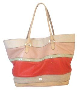 Liz Claiborne Tote in Multicolored