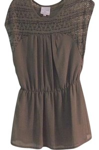 Romeo & Juliet Couture Top Tan