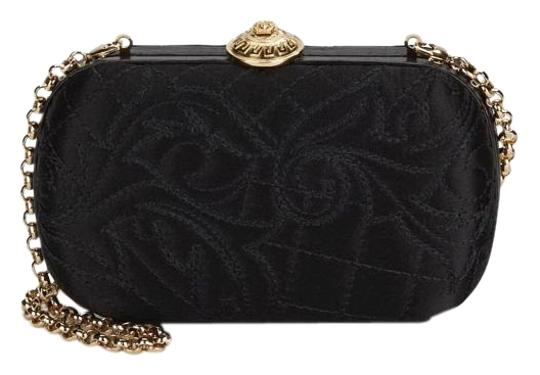 Preload https://img-static.tradesy.com/item/19514936/versace-new-baroque-embroidered-black-clutch-0-1-540-540.jpg