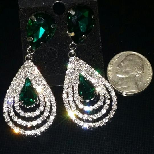 Other Emerald Green color New Crystal Clear Cluster Drop Fall Tear Dangle Image 2