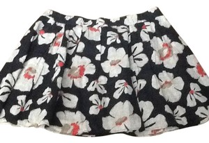 Gap Skirt Black, gray, red