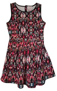 Romeo & Juliet Couture short dress Emerald / Burgundy Polyester Print Sleeveless on Tradesy