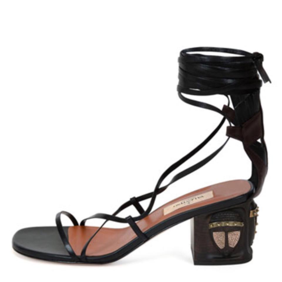 af4406da5bb Valentino Black Garavani Tribal Gladiator Sandals Size US 7 Regular ...