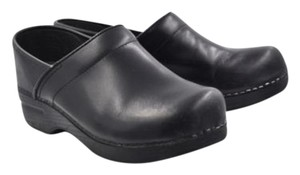 Dansko Womens Solid Clogs 399 Leather Platform Slip On Black Flats