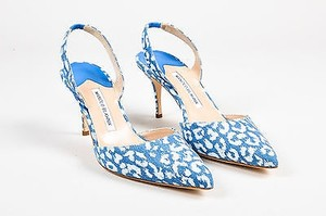 Manolo Blahnik White Blue Pumps