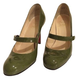 Christian Louboutin Mary Jane Pump Green patent leather Pumps