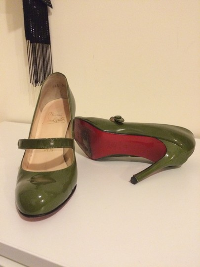 Christian Louboutin Mary Jane Classic Green patent leather Pumps