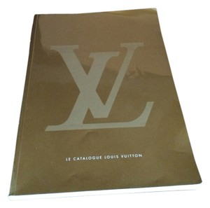 Louis Vuitton 2002 Edition Le Catalogue Louis Vuitton