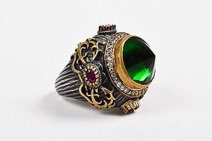 Gold Plated Sterling Silver Green Red Glass Crystal Ornate Statement Ring