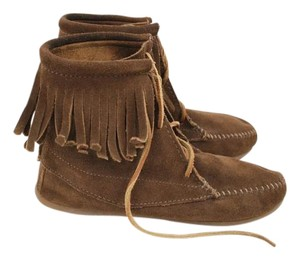 Minnetonka Flats Ankle Moccasin Suede Boots