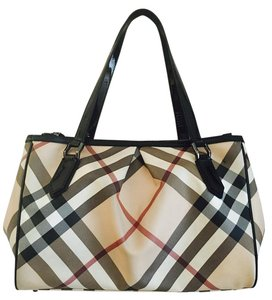 Burberry Tote in Stripe