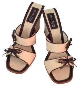 Anne Klein Beige & Chocolate Wedges