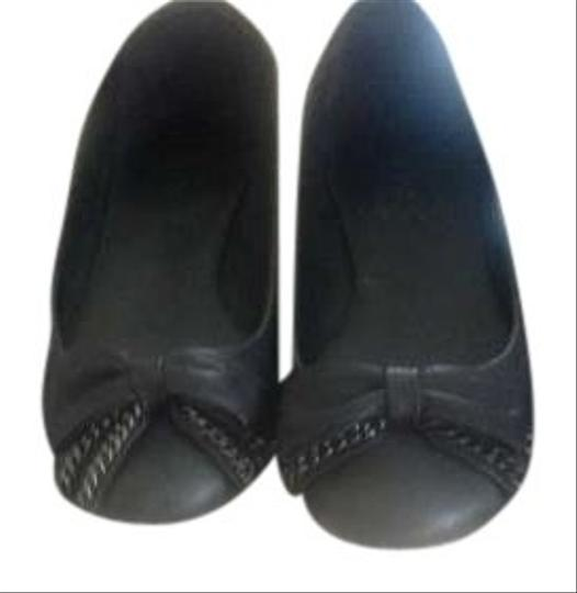 Preload https://item1.tradesy.com/images/jcrew-black-bow-and-chain-ballet-flats-size-us-6-195295-0-0.jpg?width=440&height=440