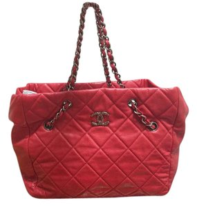 Chanel Rare Limited Edition Caviar Tote in Red